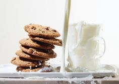 Oat Flour Chocolate-Chip Cookies | Vegetarian Times
