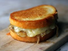 soups, soup grill, onions, food, onion soup, french onion, recip, grilled cheeses, grill chees