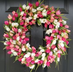 gorgeous tulip wreath