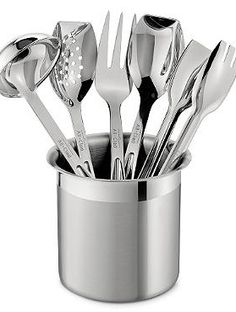 Contemporary style meets functionality in the All-Clad 6-pc. Cook Serve Tool Set that can help you prepare five-star meals more efficiently.