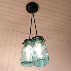 .I want light fixtures like this in my living room.