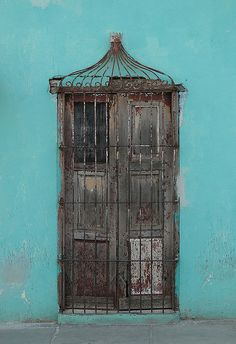Door in cuba
