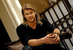 so effing sexy sexy-men-3 chris hemsworth, sexi, los angel, long hair, black dagger, handsome boys, beauti, men, thor