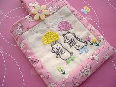 Zakka Inspired: a craft blog: Zakka Inspired Phone Cozy