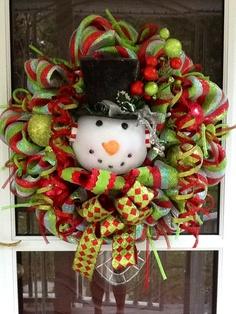 SnowMan Mesh Wreath.