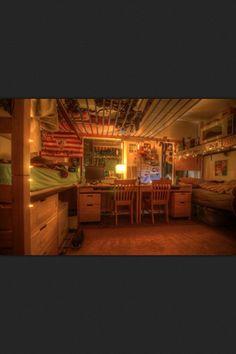 small apartments, dorm life, clark colleg, desk, college dorm rooms, apart idea, light, dorm idea, bedroom ideas dorm