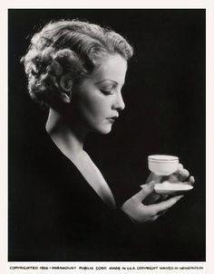 Vintage photograph of classic Hollywood actress Sari Maritza sipping tea.
