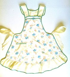 Vintage 1940s Full Apron Yellow and Blue with Teacups