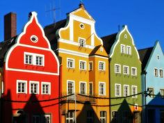 houses by The Sugar Monster, via Flickr