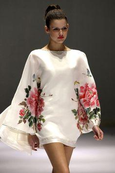 Beautiful flower print by Zara Alexis, Asian Fashion.