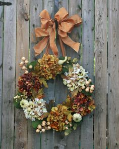 I love hydrangeas.  (nice Fall wreath)