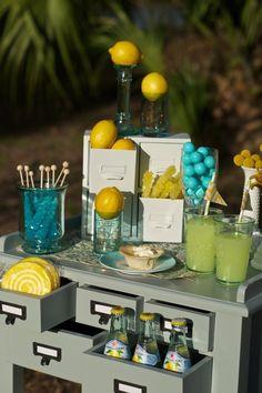 Chic Lemonade Tablescape