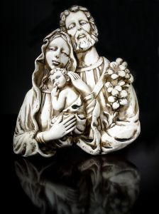 Feast of the Holy Family from the great website, CatholicMom.com -- learn how to bring our faith into the home!
