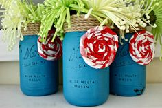 LOVE these painted mason jar vases