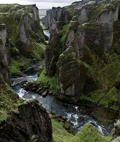 iceland, beauti place, green, fjaðrárgljúfur canyon, thor
