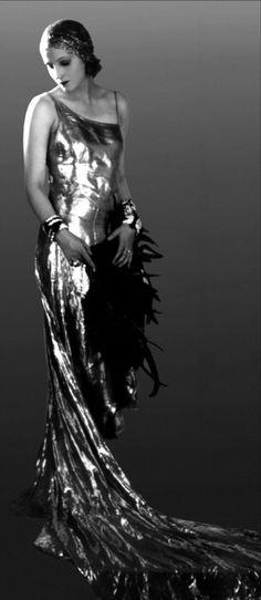 Brigitte Helm from L'Argent/Money (dir. Marcel L'Herbier, 1928)