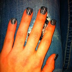 Kate design nail strips  Www.hautenailsandsuch.com