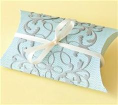 Make this pillow box for your next celebration!