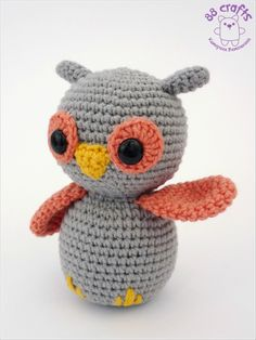 Little owl. Free pattern http://88crafts.blogspot.com/2013/08/baby-owl.html