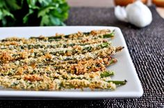 Crispy Parmesan Asparagus Sticks by howsweetitis #Asparagus_Sticks #howsweetitis