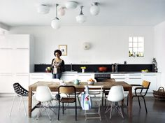 eclect chair, contemporary kitchens, mismatch chairs