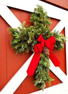 Rebekah Graves via Julie Purdum to Christmas.  Christmas Cross Wreath.