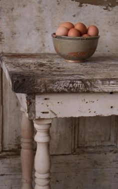 fresh eggs, kitchen tables, rustic table, farmhouse table, dining room tables