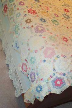 vintag quilt, vintage quilts, vintage hexagon quilt, hexi quilt, vintag hexagon