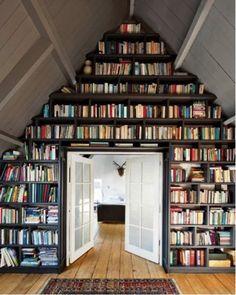 Amazing floor to ceiling shelves #bookshelves