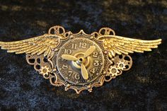 Victorian Steampunk Winged Brooch Pin - Flying through Time