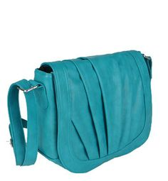 This just might be the not obviously a camera bag I'm looking for