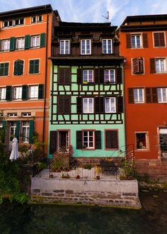 Strasbourg ~