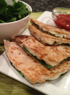 White Bean and Spinach Quesadilla! I'm loving this recipe! Packed with protein to keep you fuller longer! | nutrition babes