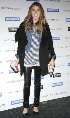#stripes  jean trouser #2dayslook #jean #new #fashion #nice  www.2dayslook.com
