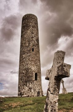 Historic Sites of Ireland: Meelick Round Tower, Co. Mayo, Ireland