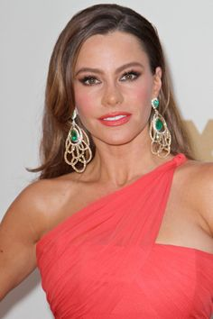 Sofia Vergara and the ladies of Modern Family dazzle at the Emmys