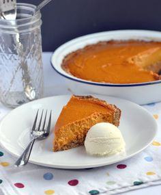 Gluten-free, dairy-free pumpkin pie! The Great Pumpkin Pie! by Dreena Burton, plant-powered kitchen