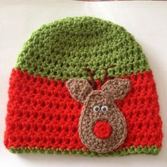 Crochet Christmas hats by Angelascutecrafts on Etsy, £8.00
