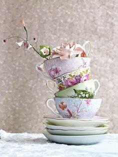 gebloemde kopjes #cups #flower #brocante