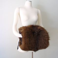 luxurious fox fur muff / 1920s/1940s large by AlessandraErmelinda, $90.00