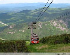 Cannon Mountain aerial tramway in Franconia State Park, NH.