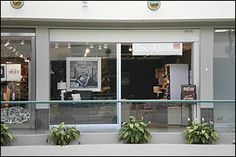 Southdale Shopping Center 10 Southdale Center Edina, MN 55435 (952) 545-6365 Mon - Sat: 10 AM - 9 PM; Sun: 11 AM - 6 PM