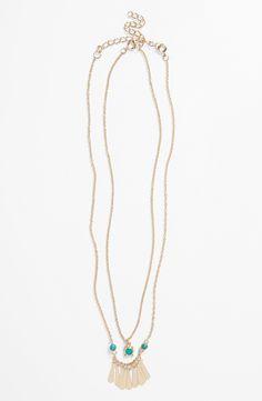 Love this boho necklace set.