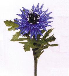 синий василек из бисера