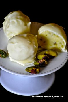 Truffles od bijele cokolade i pistacija,peperminta,toffee….