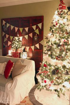 Pretty Handy Girl's Christmas Home Tour