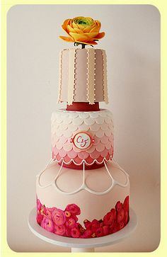 unique wedding cake by Austin Wedding Blog  #weddingcake