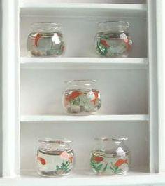 a-mini-a-day:    Miniature fish bowls. Miniature fish bowls. MINIATURE FISH BOWLS.