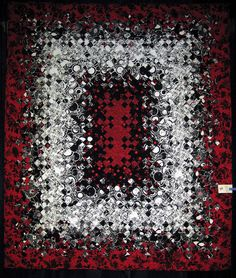 Black Jack by Joan Nicholson, photo by Amy Dame at the Boundary Bay Quilters Guild (B.C., Canada)