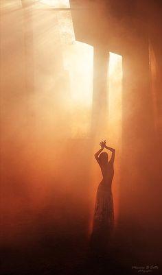 harem-esque:  Dance… (via valhallarises)
